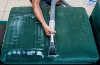 ניקיון שטיחים וריפודים